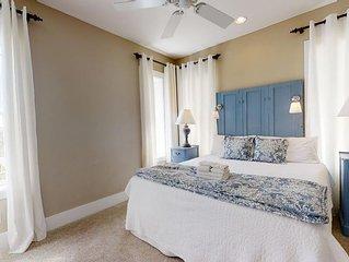 New 1st Tier Cottage w/ Elevator, Gulf Views, Great Boardwalk to Beach, Wifi
