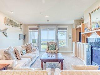 Modern, Ground-Level Oceanfront Condo Near Nye Beach, Newport has Three Bedrooms