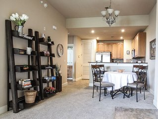 � NEW LISTING! Breezy home on Lake LBJ - extra cleaning measures in place
