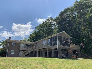 THE Premier Clemson /Seneca Lake Home