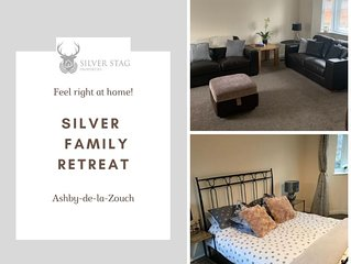 Silver Stag, High-end, Modern 3 double bedroom with parking