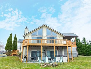 DOGS WELCOME! Lake Access Home w/Hot Tub, Pool Table, & Fire Pit!