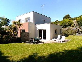 Villa contemporaine située à ETABLES SUR MER