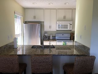 2BR 2BA end unit  Ke Nani Kai  Molokai, HI Unit 151 - Ocean View, Remodeled