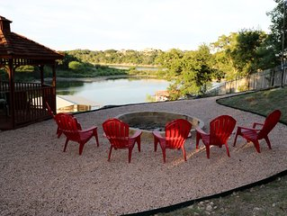 Hill Country Lake House on Lake Travis, Lake Front w/Private Dock