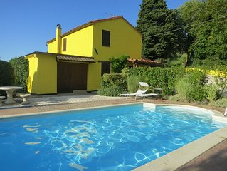 Detached farmhouse with pool Sleeps 6