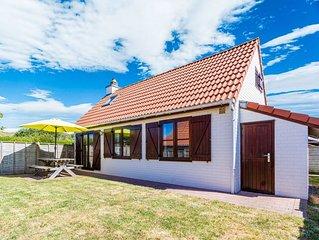 Cosy Holiday Home in De Haan near Sea Beach