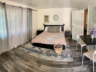 Private guest house w/ view in the heart of Hollywood
