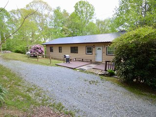 Boone/Banner Elk Retreat $95 Special {M-T-W-T} Pet Friendly - Near Grandfather