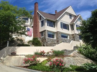 Ocean view all rooms, walk to Good Harbor Beach private way, check date w owner