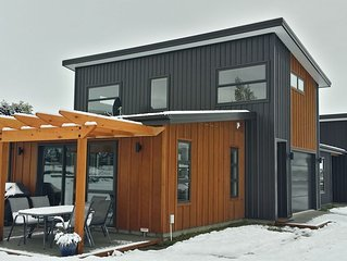 Shotover Gold Apartment central to ski fields - underfloor heating
