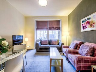 Perfect Location! - Stylish & Cosy Rose St Apt