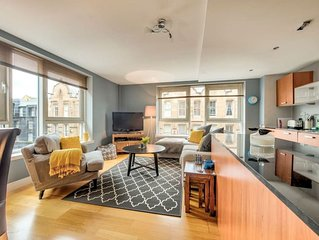 Monthly discount! Modern 2 Bed Merchant City Apt with Lift!