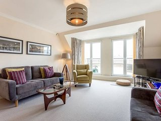 City Centre 3bed/3bath with Parking & Elevator!