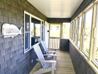 Cozy Beach Cottage!  Pet Friendly!  Booking now for 2020!