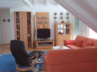 Sonnige Ferienwohnung im DG  in Uhldingen Muhlhofen, Ortsteil Unteruhldingen