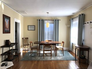Charming 2BR Cape in Silver Lake * Sunset Junction- Sun Porch- 30 Night Minimum