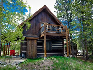 Charming Quintessential Colorado Mountain Getaway! Available for July 4th!