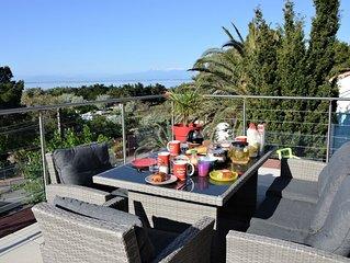Maison avec 2 apparts, 6-8 pers, clim, vue mer, etang, Canigou, 3mn plage