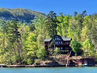 Amazing Lake Front Log Cabin