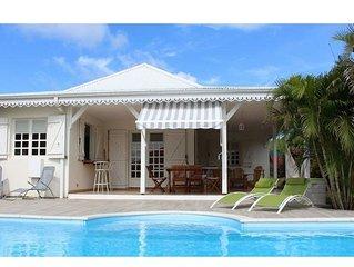 Ste-Anne VILLA , proche des plages, piscine privée, clim, WIFI gratuite