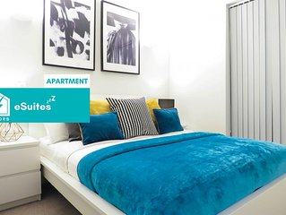Tudors eSuites modern design one bedroom apartment in the heart of Jewellery Qua