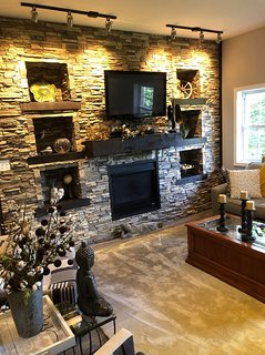 Steps away from Lake Chatuge and lake recreational sites