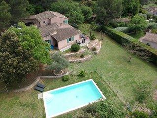Propriété de charme avec piscine et jardin
