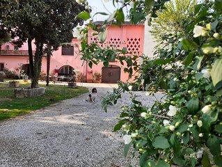 Ampio appartamento in Antica  Dimora a 5 km dal Lago di Garda