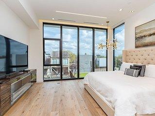 Houston Heights Luxury Retreat II