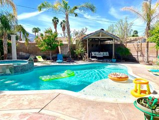 Casa del Sol - Huge Pool & Spa with Game Room!