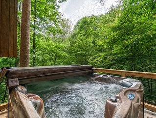 Free Whitewater Raft Tour - Cozy, Forest Cabin - Minutes from Downtown