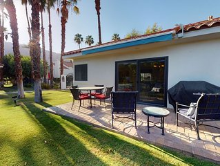 An Airy Single Story 1 Bedroom, 1 1/4 Bathroom Tennis Villa Next to the Pool!