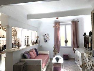 Promo:Appartement de charme, veux St-Tropez, près de l'église, la Ponche, 2 lits