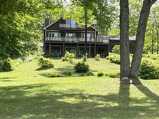 Golf cabin, sleeps 12 , about 20 miles from Treetops resort. All Atv's welcome