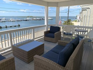 Beach Haven 4 Bedroom with Awesome Views near Beach and Center of Town