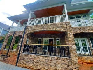 Gisby - 7BR home with party deck at the dock.