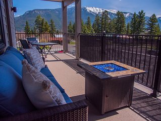 Glacier Penthouse in a Great Location