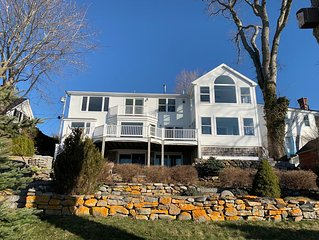 NICEST RENTAL IN CASTINE HANDS DOWN!! ON THE WATER!! FULLY REMODELED IN 2020!!