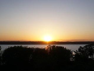 Private Waterfront in Jamestown - Sunset Views Of Narraganset Bay!