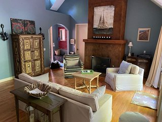 A Charming Cottage waiting to be enjoyed.   *3 night minimum stay required