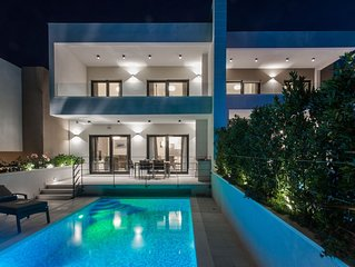 View Villas Collection - Villa Palm Tree, one of three family-friendly  villas