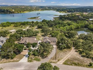 Amazing lakefront house on Canyon Lake in Texas Hill Country