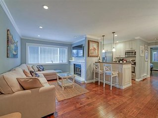 Gorgeously Remodeled Chateau Chamonix Lakefront Complex Condo,private beach acc