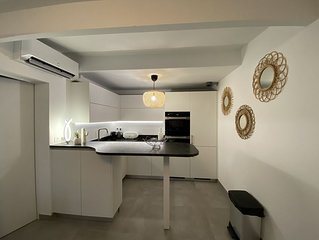 SAINT-TROPEZ Appartement pour 4 personnes dans une propriété à 100m de la plage