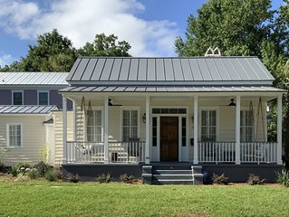 Historic Home Located in historic district of  Beaufort, SC