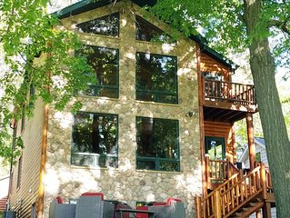 Booking for 2021!  7 Bedroom/4 Bath Log Home