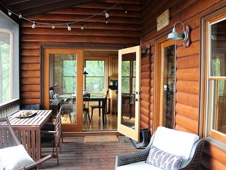 The Wander Inn, our Cozy 4-Bdrm Cabin with Mountain Views