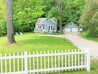 Charming  3/2 Bungalow / W Bay views/access. Fall 3+ days/ Aug-15-22nd open!!!