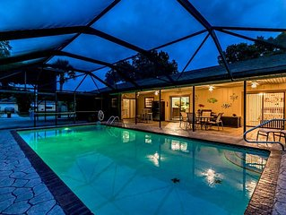 ��Suite Paradise! 3/4, Pool, Boat/RV Parking, Wi-Fi, Fenced Yard,Near Beaches!